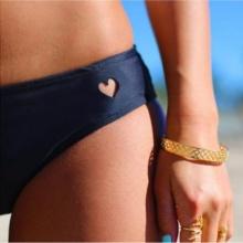Dół do Stroju Kąpielowego Bikini Stringi z Sercem